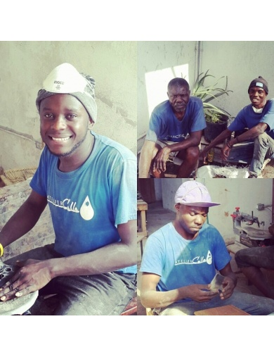 Boucles d'oreilles PARIS en corne recyclée - Handmade in Haiti-by ayizana - haiti
