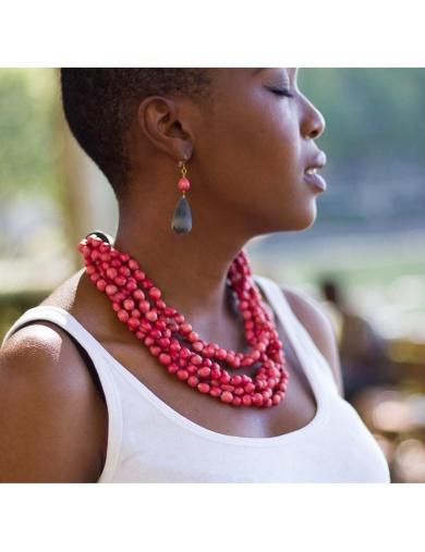 Collier JAELLE rouge en larmes de job et corne - Atelier Calla-by ayizana - haiti