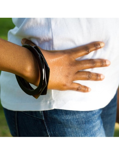 Bracelets joncs en corne X...