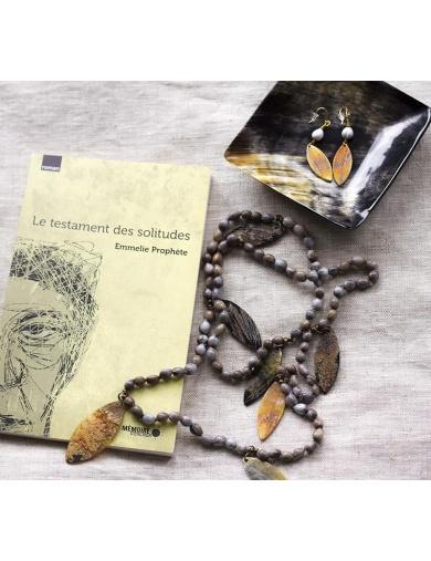 Collier Sautoir en larmes de job et breloques en corne - Collection Majok Leaf de l'Atelier Calla-by ayizana - haiti