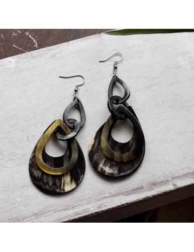 Boucles d'oreilles triple gouttes en corne-by ayizana - haiti